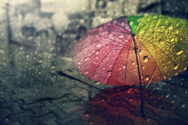 parapluie inversé coloré