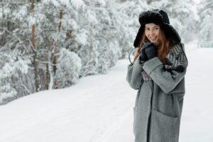 Le manteau en laine, la pièce maitresse en hiver